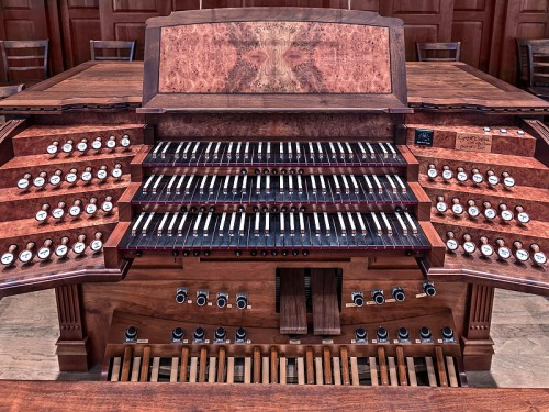 mccranie_3040-st-john-organ-webpage-bottom-photo